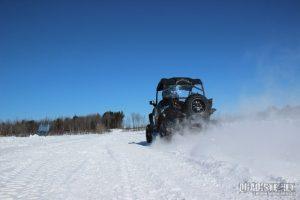Comment sortir votre VTT CFMOTO de la neige